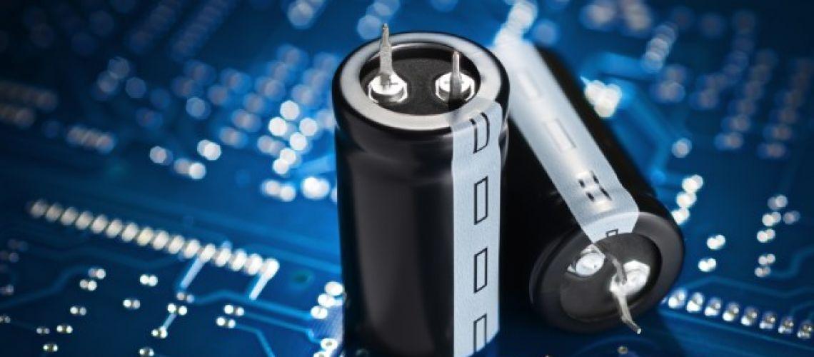 Ako bezpečne vybiť kondenzátor?