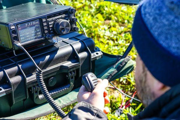Dnes je svetový deň rádioamatérov