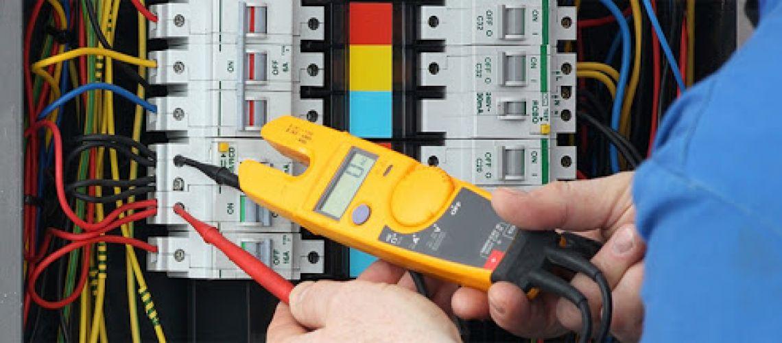 Druhy kontroly a revízie elektrických spotrebičov a zariadení