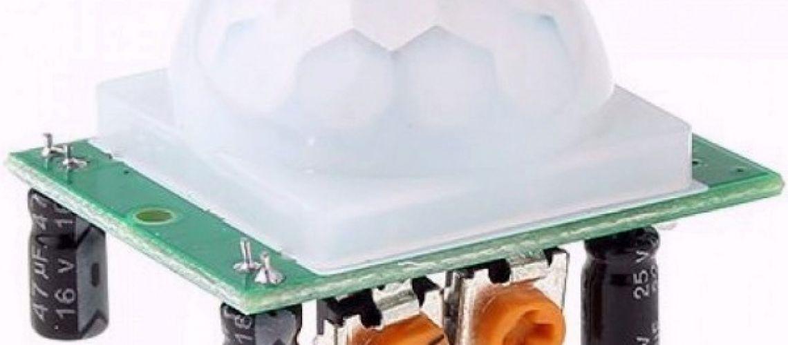 Jednoduchý a lacný modul PIR senzora HC-SR501