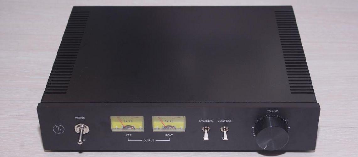 Konštrukcia nízkofrekvenčného zosilňovača
