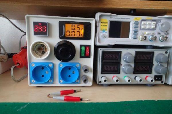 Konštrukcia oddeľovacieho transformátora a autotransformátora pre dielenské použitie
