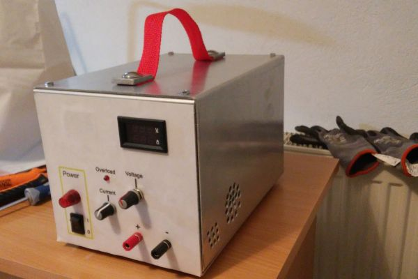 Konštrukcia regulovateľného zdroja pre bežné dielenské použitie 30V / 5A