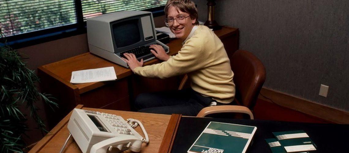 Mikrodeti z Microsoftu a ich veľká modrá dohoda storočia