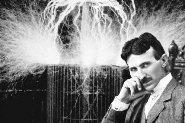 Nikola Tesla fyzik, vynálezca a konštruktér