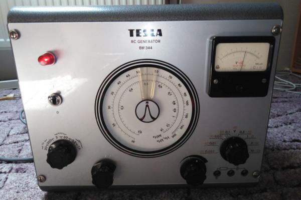 Oprava RC Generátoru Tesla BM344