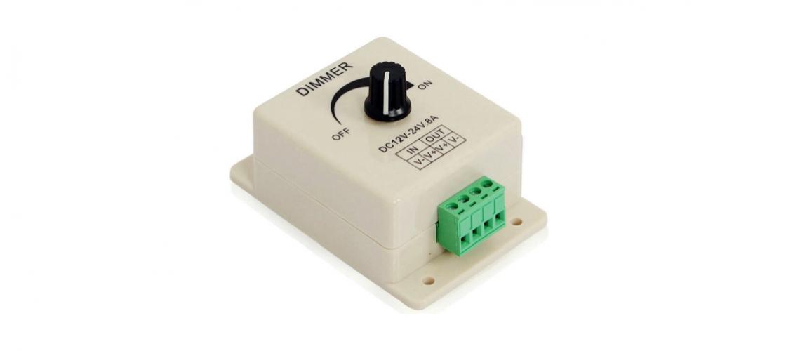 Regulovateľný modul stmievača DC 12-24V 8A pre jednofarebný LED pás