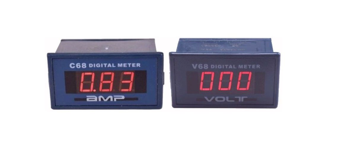 Test panelového voltmetra V68 a ampérmetra C68