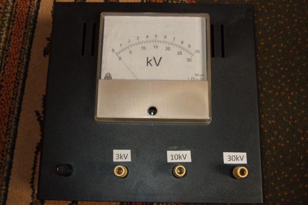 Vysokonapäťový voltmeter na 3 - 10 - 30kV
