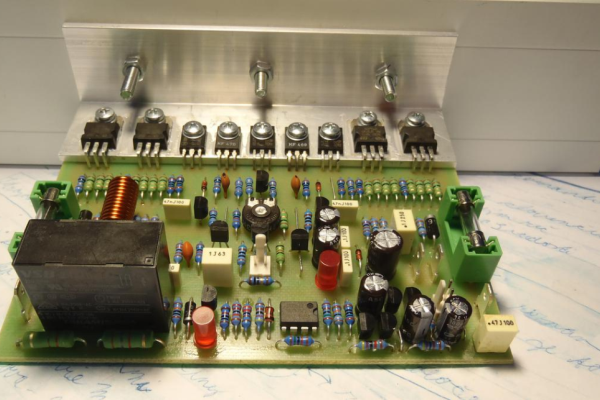 Zosilňovač JPA 100SE – 100W/4 Ohm