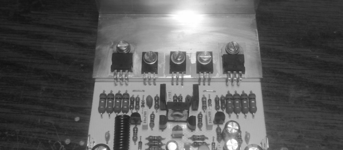 Zosilňovač UNI 50 SE – 50W/4R