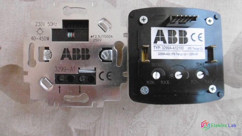 abb-spinac-3299a-a12100b-s-pir-cidlem-big-1