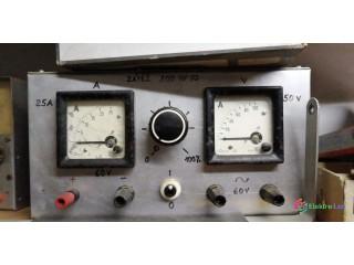 Osciloskopy a zdroje