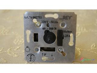 Otočný stmievač osvetlenia VDE0875 - do krabice od vypínača