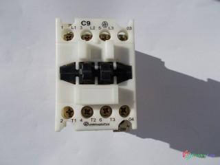 Stykač elektroprístroj C9, cievka 230V, 25A, 4 x kontakt.