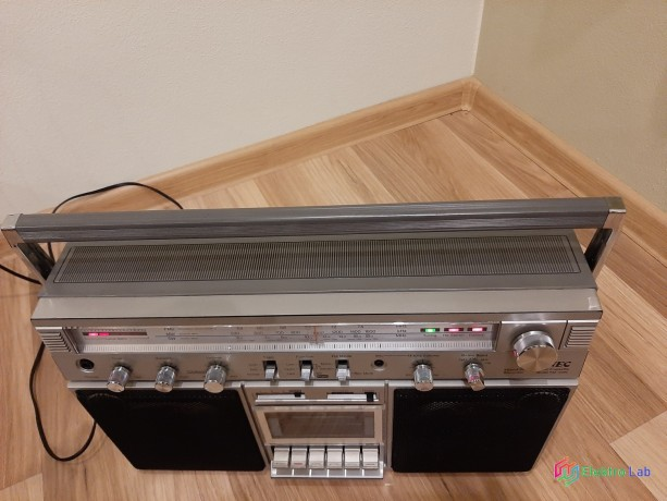radiomagnetofon-big-1