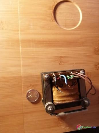 sietovy-transformator-23050v-big-1