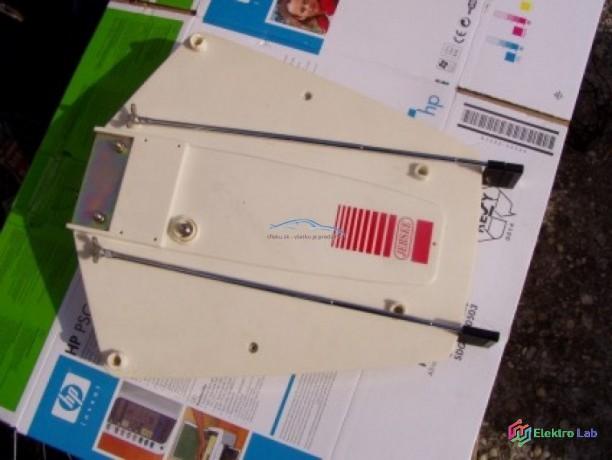 antena-dvb-tt2-na-caravan-big-1