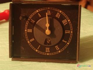 Spínacie hodiny analogové
