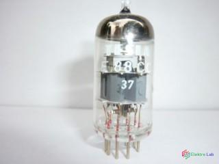 Elektrónka E88CC Tesla